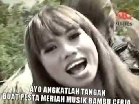 Ayie Feat Maya Music Bambu Ceria
