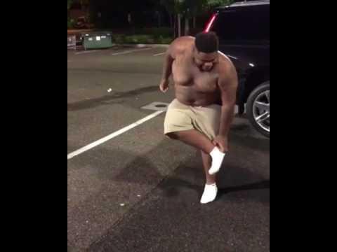 DJ Khaled danse in the street ft. Nas, Travis Scott