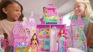 Disney Princesses France - Découvre le château-mallette des Princesses Disney !