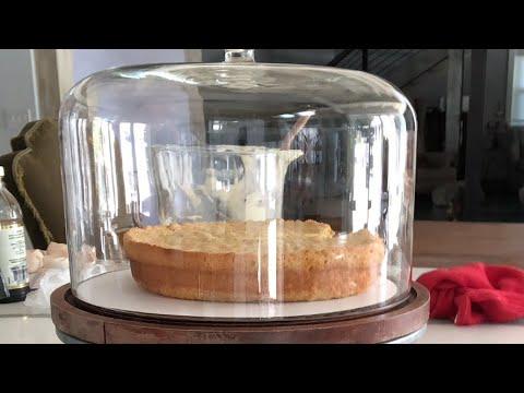Yellow sponge cake