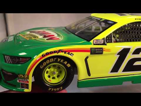 Review: 2019 Ryan Blaney #12 Menards/Libman Ford Mustang 1/24 NASCAR Diecast