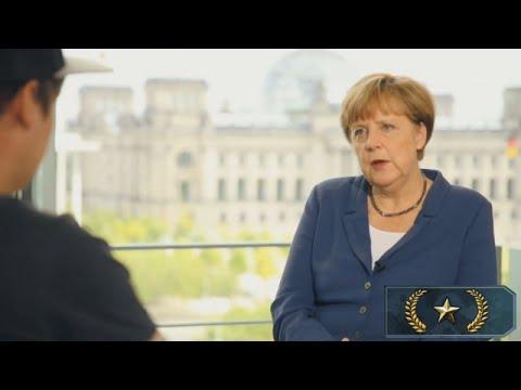 YouTube Kacke: Angela Merkel zockt gerne Counter-Strike
