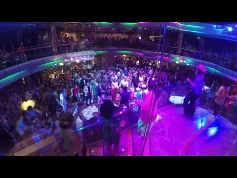 Party on the cruise!  Royal Caribbean Vision of the Seas ...