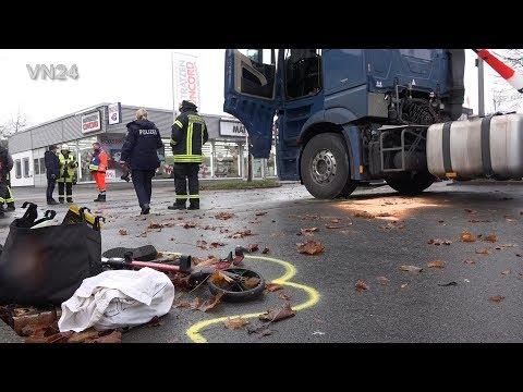 14.12.2019 - VN24 - Tragic accident - 87j. lady with rollator overrun by tractor unit from YouTube · Duration:  6 minutes 20 seconds