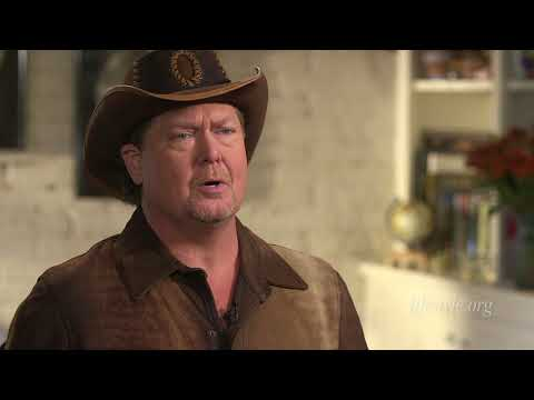 Tracy Lawrence shares the reasons why he loves country music