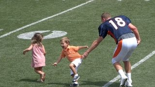 peyton manning playing with his kids