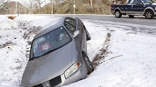 Winter Drift Car in the ditch - Crash Compilation