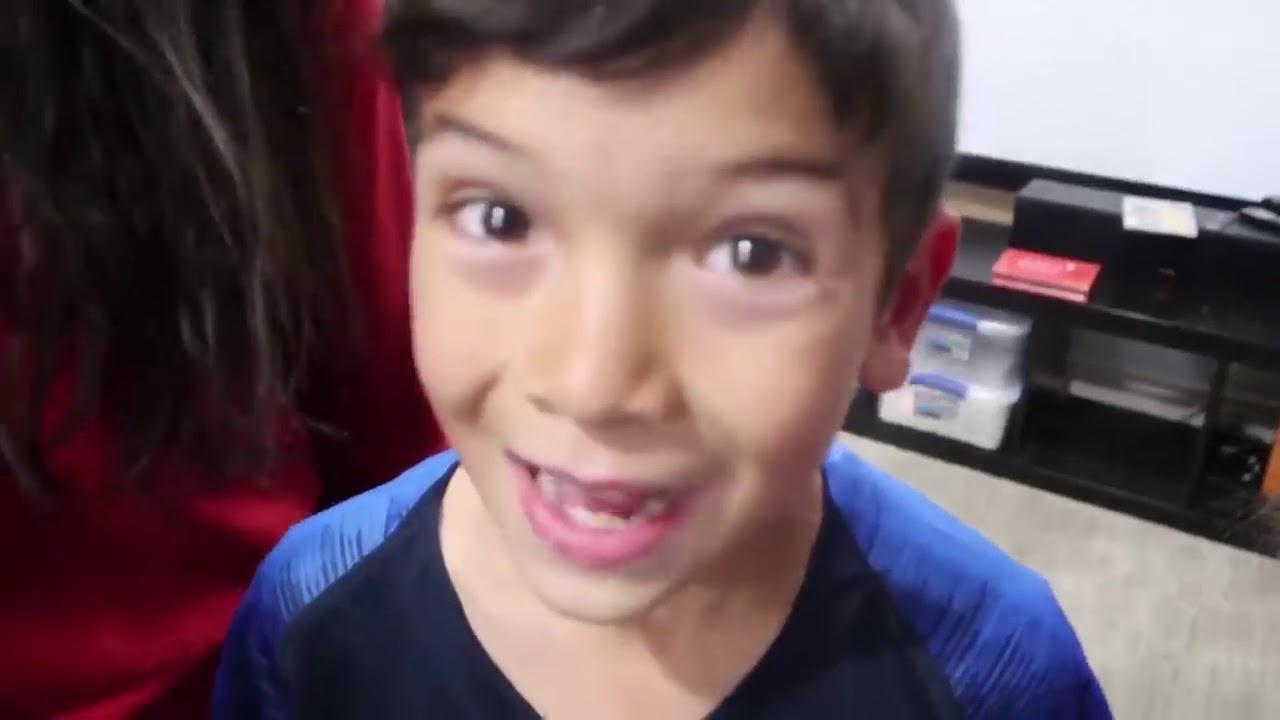 The Ohana Adventure! BLINDFOLD HIDE & SEEK CLASSROOM! - YouTube