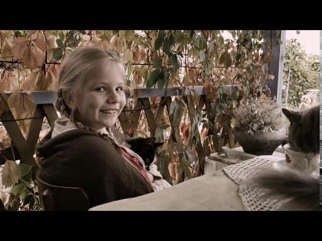 Изображение предпросмотра прочтения – ПолинаПодлесных читает произведение «Сестре Шуре. Ах, как много на свете кошек!» С.А.Есенина