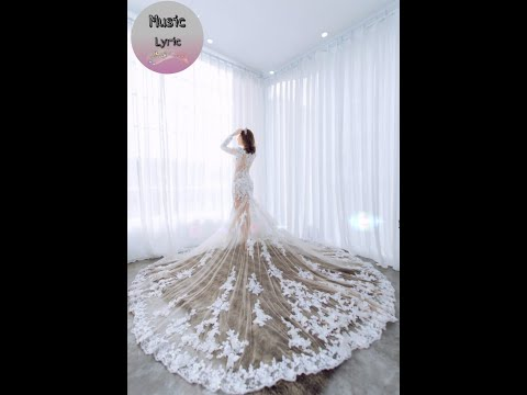 Wedding dress on the Wedding Day ( Chinese Tik Tok )