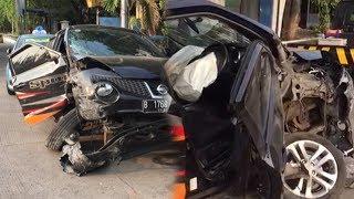 Video Beginilah Kondisi Mobil Anisa Bahar yang Ringsek Akibat Kecelakaan download MP3, 3GP, MP4, WEBM, AVI, FLV Juni 2018