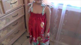 Шьем летний сарафан (детский).(Всё что нужно, это небольшой отрез ткани, нитки, резинка и хорошее настроение и на моём примере Вы можете..., 2014-08-16T13:13:16.000Z)