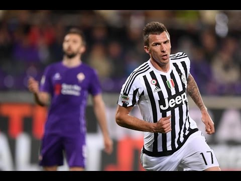 Fiorentina vs. Juventus: Super strikes (and saves!) from the past