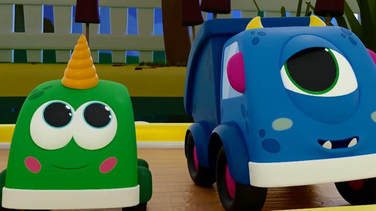 Лодочка плывет 🚗Поем с машинками Мокас - Песенки для детей