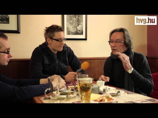 Zenés ajánló a Kerényi-interjúhoz