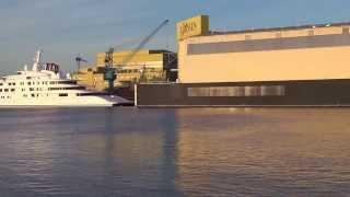 Azzam, größte Yacht Dubai