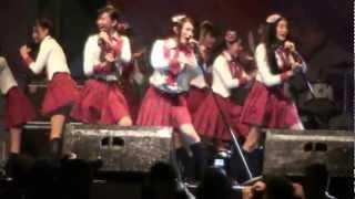 JKT48 - Heavy Rotation (JAK-JAPAN MATSURI 2012) hd