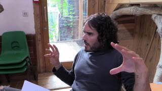 Who's More Dangerous, Me Or Fox News? Russell Brand The Trews (E134)