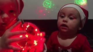 Обзор декоративного шара с LEO-нитью сочетание новогоднего шара и гирлянды