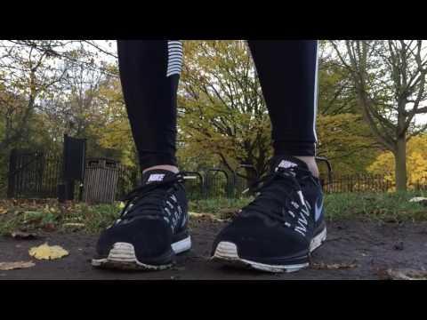 women's-nike-zoom-air-vomero-10-(classic-charcoal/white/black)