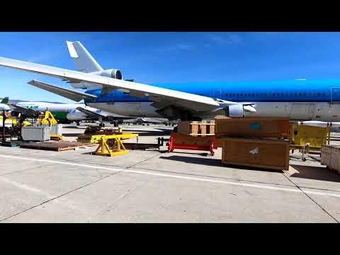 Gulfstream to California...Stuck Mic on L.A. Center! - Pilot VLOG 44