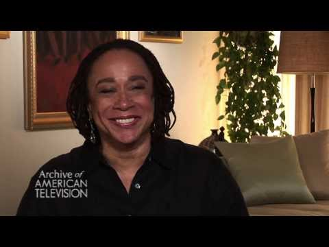 S. Epatha Merkerson discusses losing Jerry Orbach  EMMYTVLEGENDS.ORG