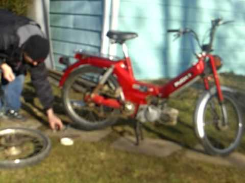1978 puch maxi moped rear wheel change and cold start
