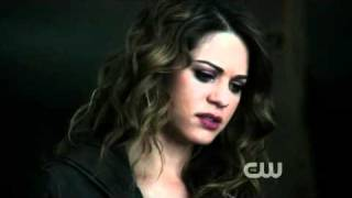 Repeat youtube video Nikita 2x12 Nikita & Alex '' Alex save Nikita From Shooting'' Best Part!!!