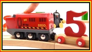 Learn Numbers With Little Moley - Brio Toys Trains Demo For Children And Toddlers