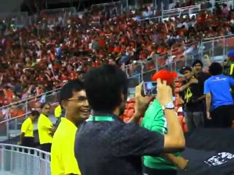 Ultras Malaya At Singapore Stadium (AFF 2014)