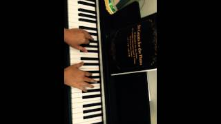 Gambar cover All of Me by John Legend (piano covers by Ari Bias)