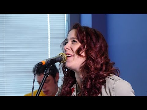 Star Sessions: The Danielle Nicole Band
