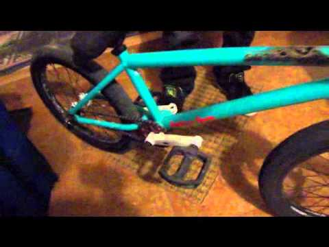 Premium Solo Plus 2011 Bike Check Youtube