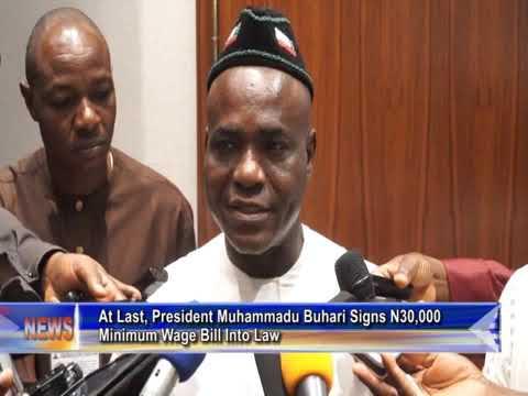 At Last, President Muhammadu Buhari Signs N30,000 Minimum Wage Bill Into Law