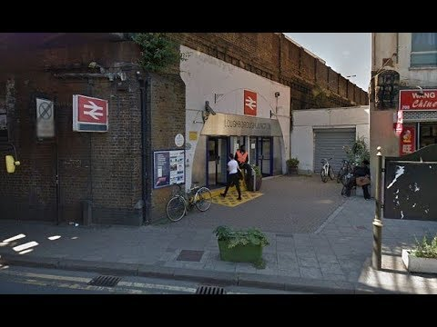 Loughborough Junction 3 people k illed when hit by train in London