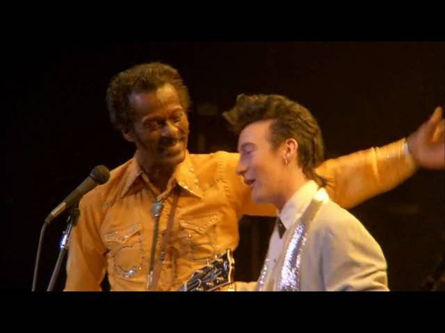 Chuck Berry & Julian Lennon - Johnny B Goode (1986)
