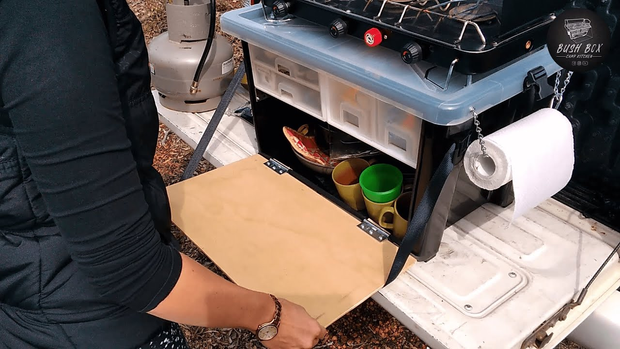 Check Out The Features On This Camp Kitchen Set Up Youtube