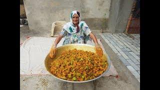 AAM KA ACHAR prepared by MY GRANNY | Mango Pickle Recipe | achar recipe in hindi | PUNJABI ACHAR