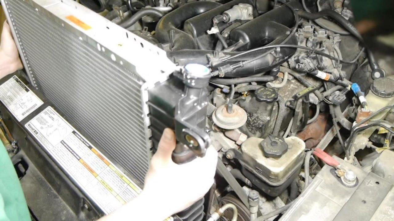 Replacing Radiator 99 Ford Explorer 4 0 Sohc