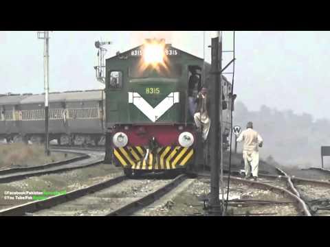 Pakistan Railways 14 Dn Awam Express Arriving Rawalpindi