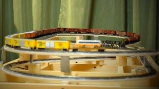 Железнодорожный макет PAROVOZZO - Тест пути(Компактная железная дорога PAROVOZZO Домашний макет железной дороги. Простой в управлении, лёгкий в эксплуатац..., 2015-01-21T02:59:43.000Z)