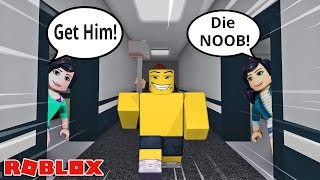 THE GREATEST NOOB OF ALL TIME! -- ROBLOX FLEE THE FACILITY