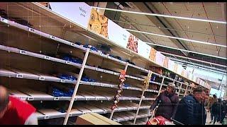 Koronavírus: Felesleges vásárlási roham volt a boltokban