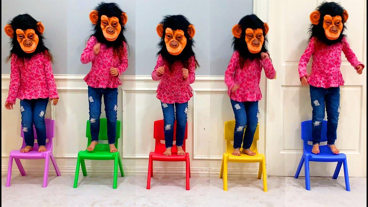 Música Cinco Macaquinhos | Chanson Cinq petits singes | Comptines Et Chansons | À Bébé Chanson 3