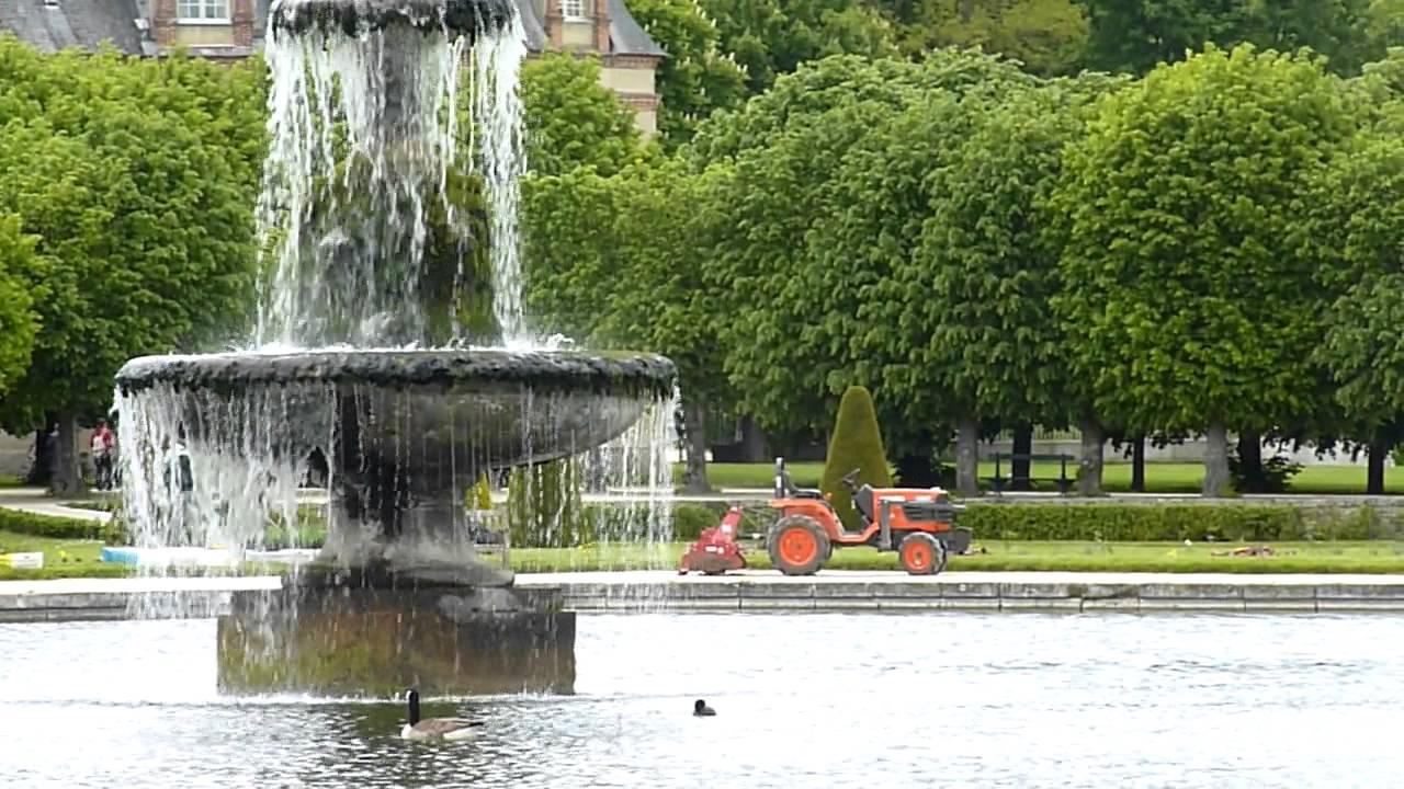 Ch teau de fontainebleau le bassin du tibre les for Jardin anglais chateau fontainebleau