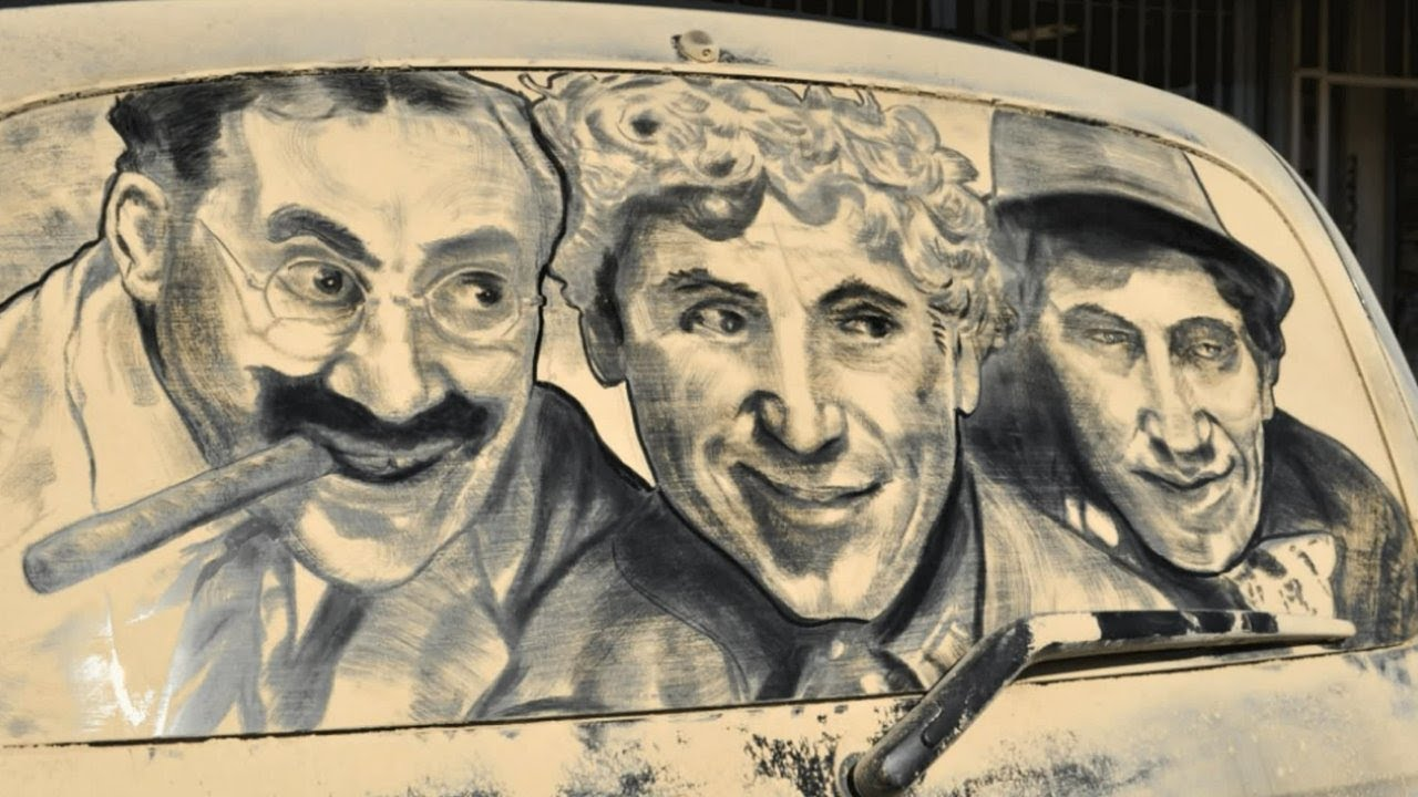 Originales obras de arte sobre autos sucios de polvo