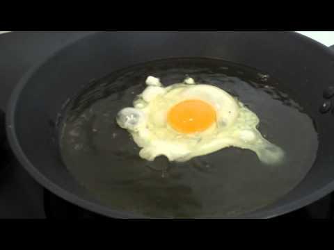 Cómo hacer un Huevo Frito con puntilla