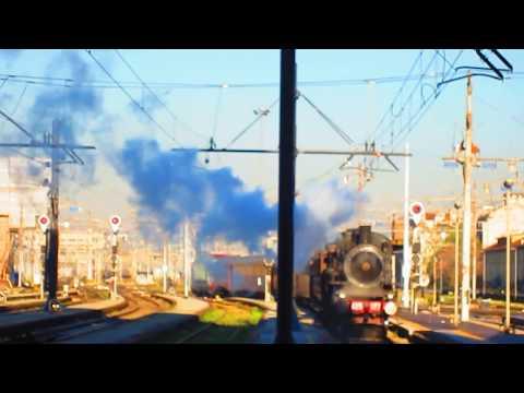 Treno storico a vapore Locomotiva FS 625 a milano centrale