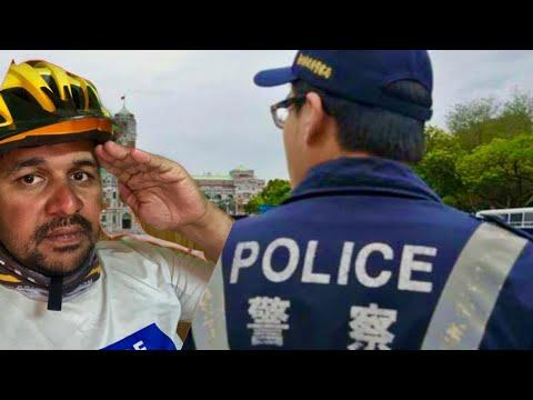 How Taiwan Police help Indian Bicycle Traveler || Cycle Baba