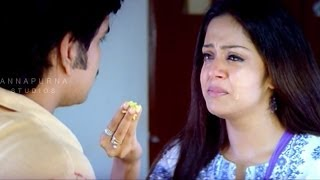 Jyothika At Orphans Home Sentiment Scene || Mass Movie